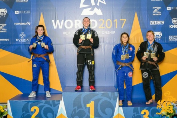 Ouro duplo no Mundial e líder do ranking, Andressa Cintra celebra: 'Sensação maravilhosa e única'