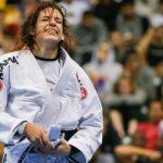 Cláudia do Val conquistou o ouro no peso-pesado ao derrotar Talita Treta na grande final (Foto Mike Anderson)