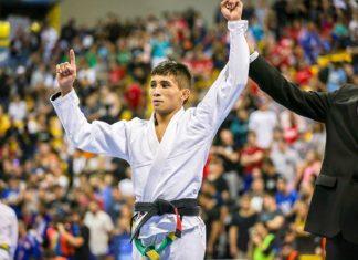 Lucas Pinheiro foi derrotado por Caio Terra e ficou com o bronze no Mundial (Foto Mike Anderson)