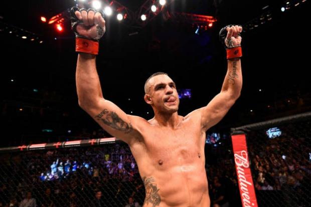 Vitor Belfort destaca 'paciência' no seu desempenho e ressalta mudanças de regras no MMA; confira