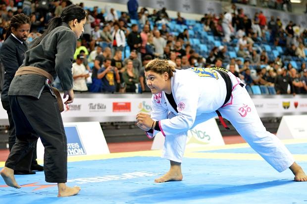 Tayane Porfírio está na final do absoluto e luta neste domingo (23) (Foto: Carlos Arthur Jr)