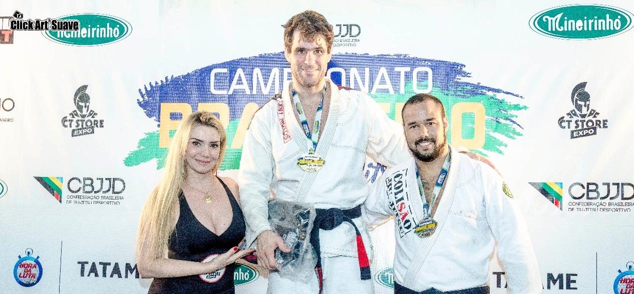 Brasileiro da CBJJD tem emoção na faixa-preta e vitória do Rio de Janeiro nos desafios entre estados