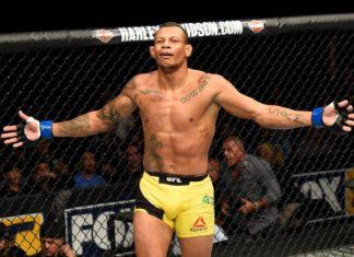 Alex Cowboy terá Carlos Condit pela frente no card do UFC Glendale (Foto: Getty Images)