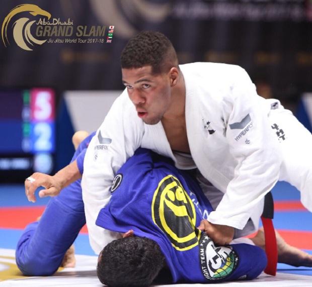 Isaque Bahiense derrotou Jaime Canuto e ficou com o ouro na divisão até 85kg (Foto: UAEJJF)
