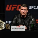 Michael Bisping criticou a postura de Daniel Cormier no caso de Jones (Foto: Getty Images)
