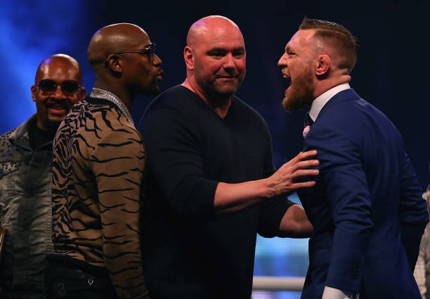 Conor 'ridiculariza' acerto de Floyd com o Rizin FF e cutuca: 'Você é um bastardo'