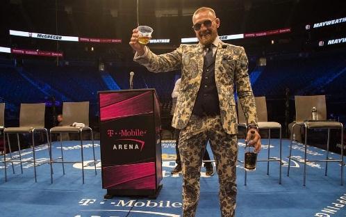 McGregor cita 'pequenos ajustes' que o afastaram da vitória e aponta: 'Vamos para a próxima'