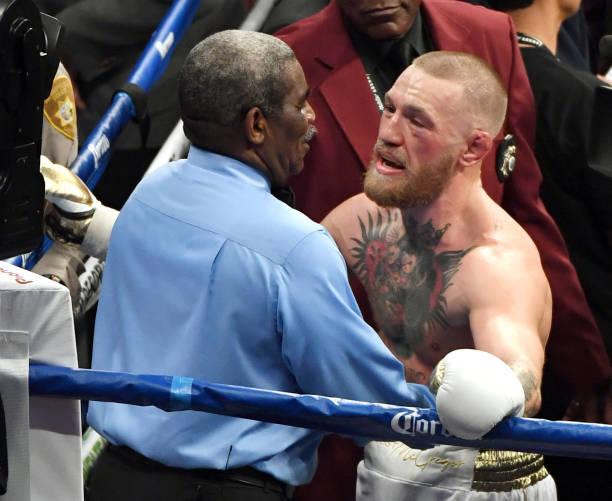 Após derrota para Mayweather, McGregor recebe 60 dias de suspensão médica; confira a lista