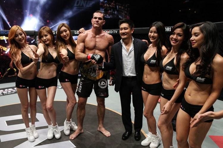 Campeão do ONE Championship, Roger Gracie anuncia aposentadoria do MMA; saiba mais