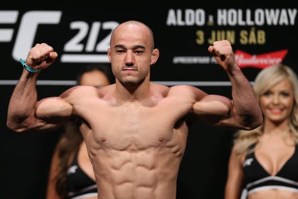 Nas redes sociais, John Dodson revela luta com Marlon Moraes no UFC Norfolk, em novembro