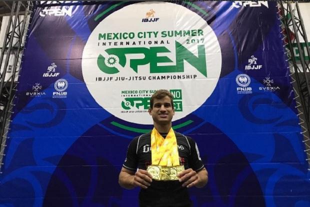 Peso-pena de origem, Queixinho detalha campanha que o levou ao título absoluto no México Open