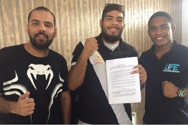 Excluído do UFC São Paulo após falhar em antidoping, Carlos Boi rebate: 'Não usei nada proibido'