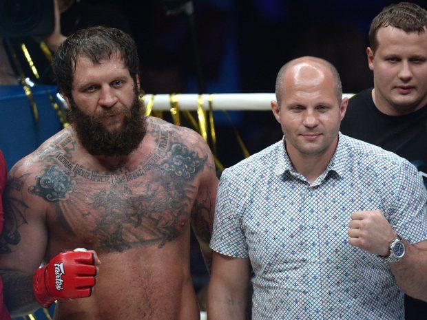 Em liberdade condicional, irmão de Fedor volta ao MMA e vence brasileiro com nocaute polêmico; assista