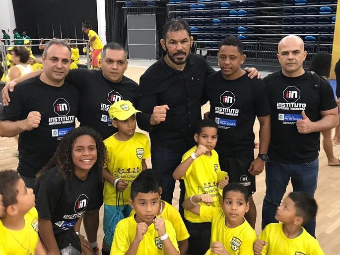 Coluna da Team Nogueira: Instituto Irmãos Nogueira agita Prq. Olímpico com evento no Dia das Crianças
