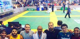 Em seu novo artigo, Luiz Dias fala sobre a decisão de competir ou não um torneio (Foto: Divulgação)