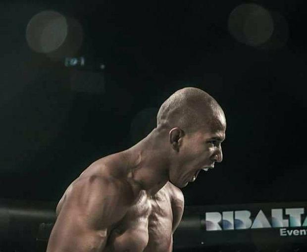 Gregory Rodrigues vai em busca de sua quarta vitória no MMA profissional (Foto: Divulgação)