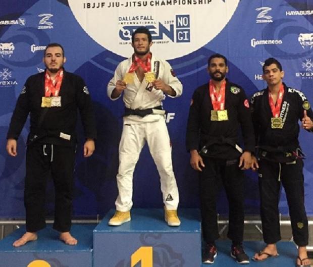 Lucas Hulk e Nathiely Jesus conquistam ouro duplo com quimono no Dallas Fall International Open