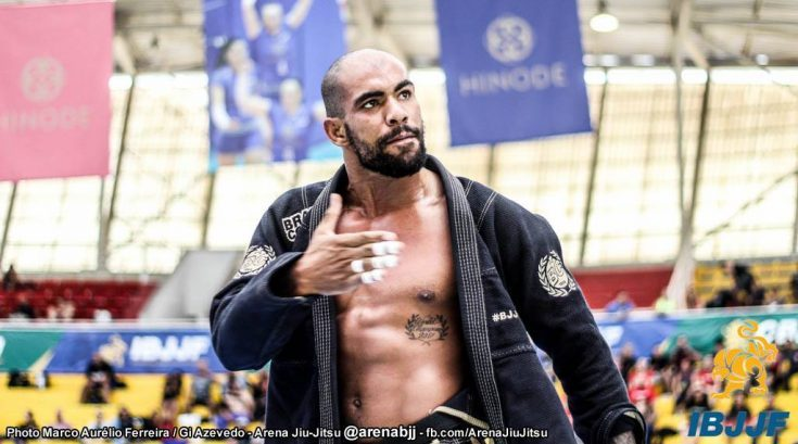 Erberth Santos fatura peso e absoluto no Sul Americano de Jiu-Jitsu; resultados