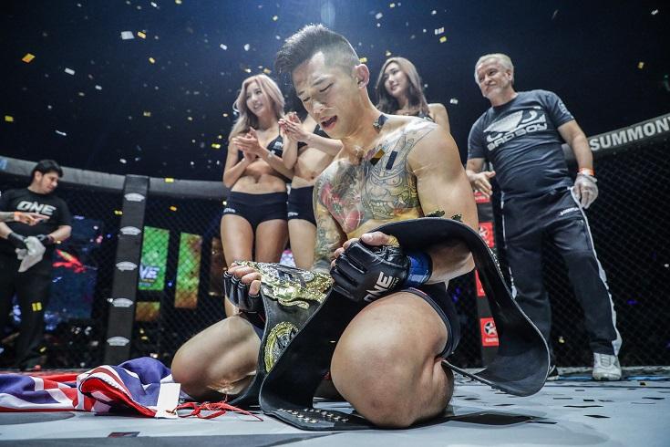 Vídeo: Nguyen nocauteia e se torna o primeiro campeão de duas divisões do ONE; Moraes mantém cinturão
