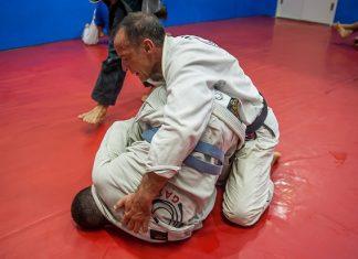 Em seu novo artigo, Luiz Dias opina sobre 'apagar' um faixa-branca (Foto: Ilan Pellenberg)
