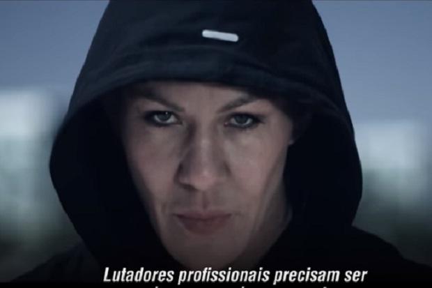 Vídeo: UFC faz 'esquenta' de luta entre Cris Cyborg e Holly Holm e projeta: 'A luta mais perigosa'