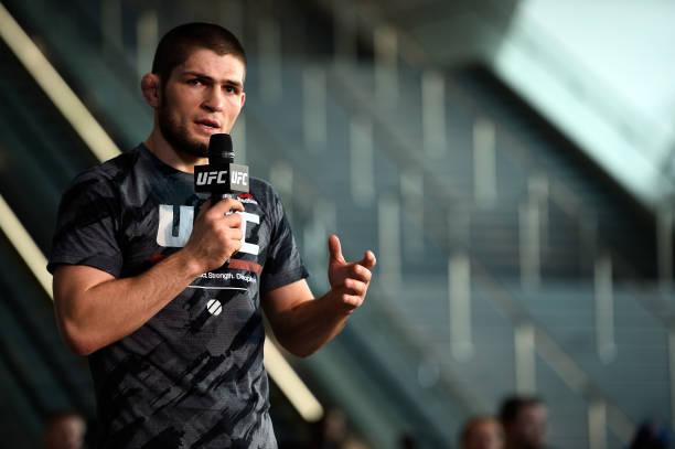 Khabib revela que 'pediu' McGregor ao UFC após lesão de Ferguson e provoca: 'Cadê o Burger King?'