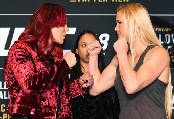 Vídeo: Cris Cyborg e Holly Holm fazem a 'maior luta do MMA feminino' no main event do UFC 219; assista