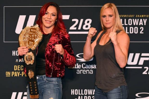 Confiante na vitória, Holly Holm projeta oferecer revanche a Cyborg caso vença: 'Todos merecem'