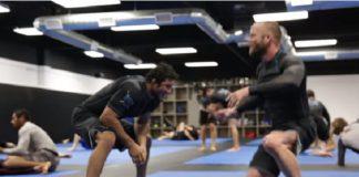 Lucas Hulk e Josh Hinger mostraram suas habilidades em sessão de sparring (Foto: Reprodução)