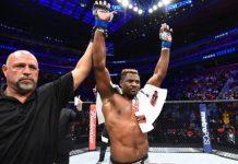 Francis Ngannou deve lutar pelo cinturão em sua próxima apresentação pelo Ultimate (Foto: Getty Images)