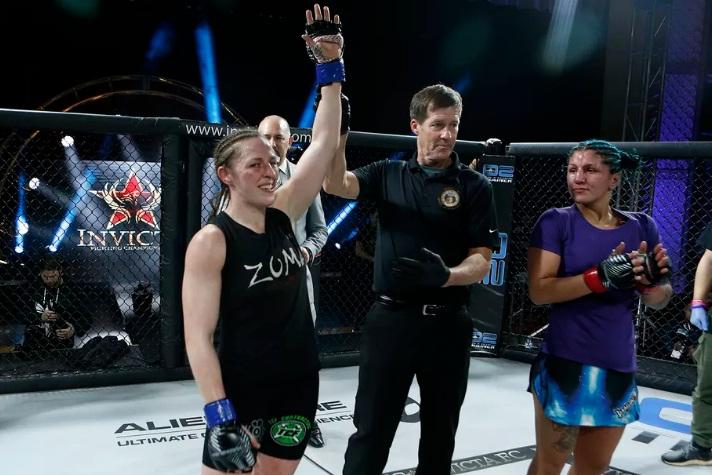 Veterana, ex-UFC, vence em primeiro evento do Invicta em 2018; Vanessa Porto finaliza compatriota