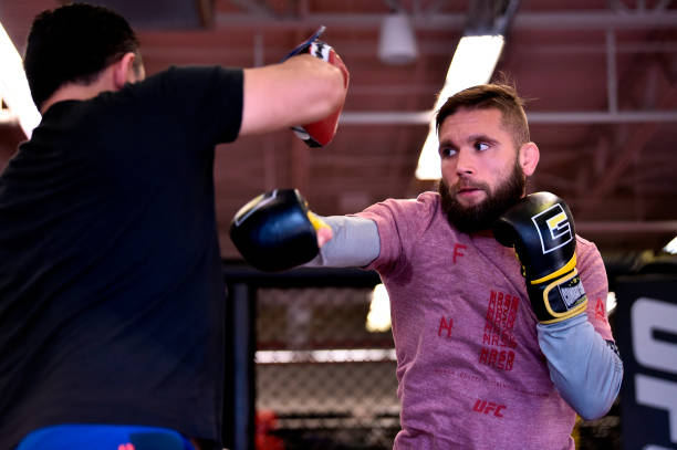 Jeremy Stephens é visto como favorito diante de Josh Emmett no UFC Orlando, segundo site