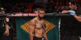 Thiago Marreta terá um importante confronto diante de David Branch, em abril (Foto: Getty Images)