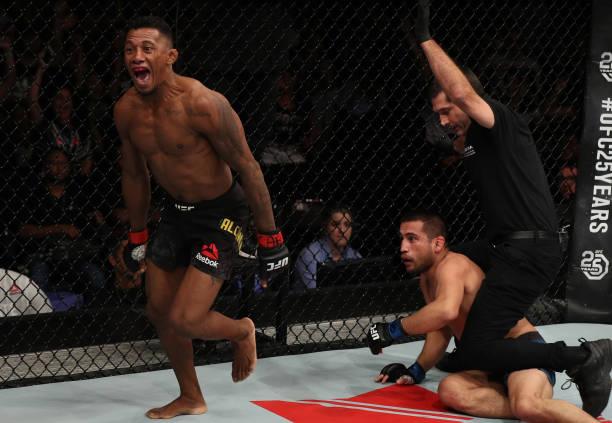 Iuri Marajó teve desempenho avassalador e nocauteou Joe Soto ainda no primeiro round (Foto: Getty Images)