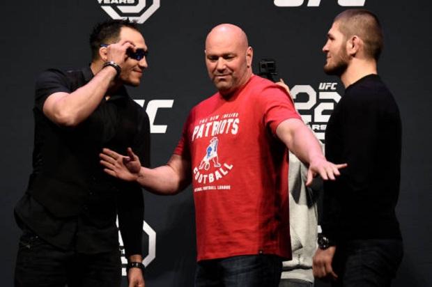Tony Ferguson e Khabib Nurmagomedov prometem fazer um grande combate no UFC 223 (Foto: Getty Images)