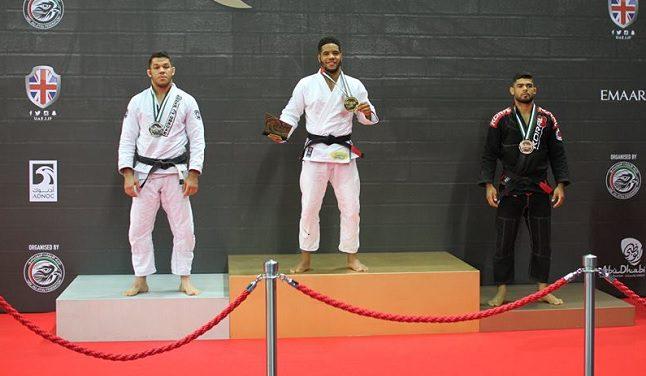 Ana Carolina, Paulo Miyao e Bahiense se sobressaem no Grand Slam de Londres