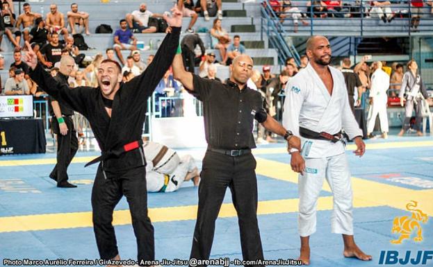 Renato Cardoso levou o ouro duplo na disputa do Floripa Open de Jiu-Jitsu (Foto: IBJJF)