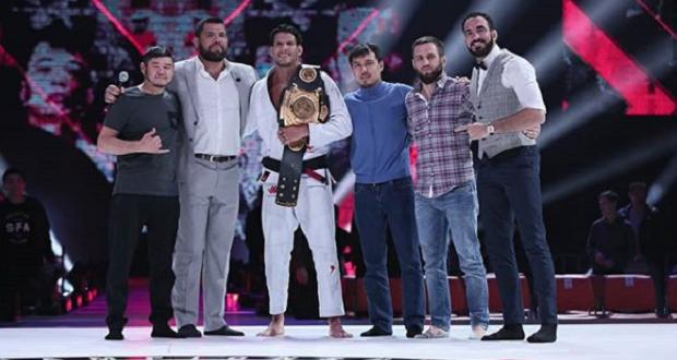 Preguiça e irmãos Miyao seguem como campeões em show brasileiro no ACB JJ