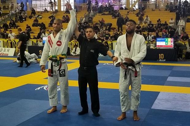 Juntando as disputas com e sem quimono, Mahamed Aly levou quatro ouros (Foto: IBJJF)