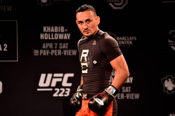 Max Holloway tem problemas na pesagem e luta contra Khabib no UFC 223 é cancelada; confira os detalhes