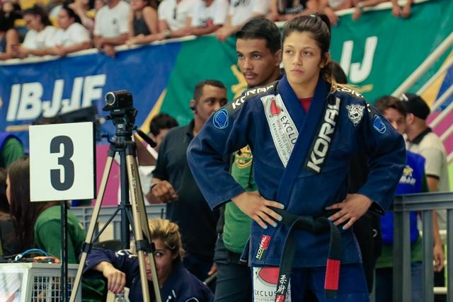 Bia revela que assistia Nicolini em DVD quando era faixa-azul e projeta luta no BJJ Stars: 'Vai ser guerra'