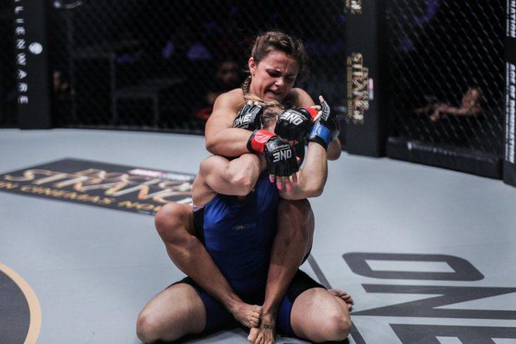 Focada no MMA, Michelle Nicolini mira cinturão do ONE Championship e elogia evento: 'É onde eu quero estar'