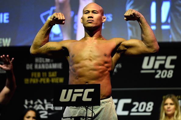 UFC escolhe sueco Jack Hermansson como substituto de Romero para luta contra Jacaré