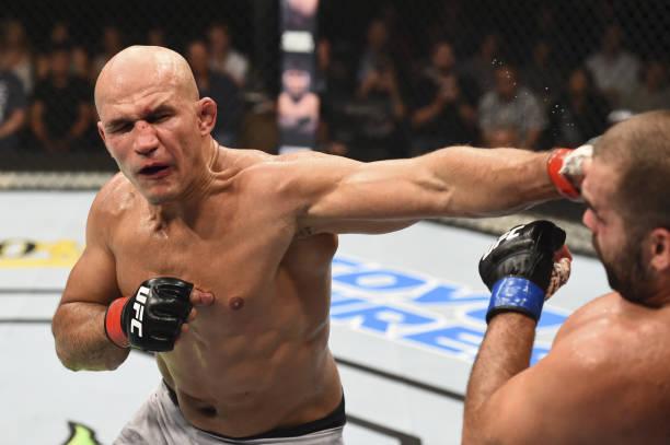 Junior Cigano exalta vitória no UFC Boise e mira trilogia com Miocic: 'Seria muito bem-vinda'