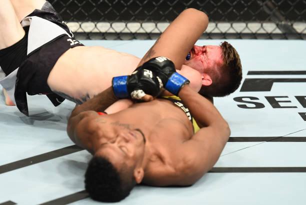 Nocautes rendem bônus para Gaethje e Anders no UFC Lincoln; Sandhagen x Marajó é a 'Luta da Noite'