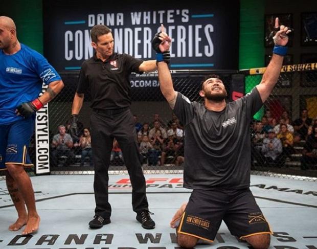Augusto Sakai anuncia, nas redes sociais, estreia no UFC contra Chase Sherman no evento de São Paulo