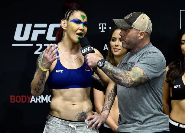 Cris Cyborg responde Amanda, a chama de 'creonte' e diz: 'Ela desrespeita os fãs'
