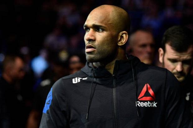 Jimi Manuwa se pronuncia após lesão que o tirou do UFC São Paulo e garante: 'Estava 100% preparado'
