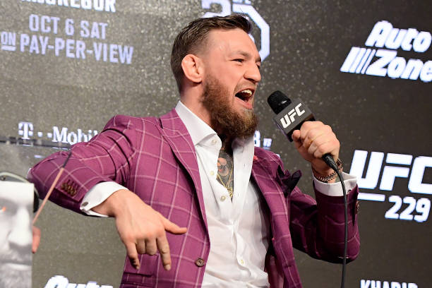 McGregor revela 'camp de guerra' e dispara contra Khabib: 'É um idiota que não representa o seu povo'