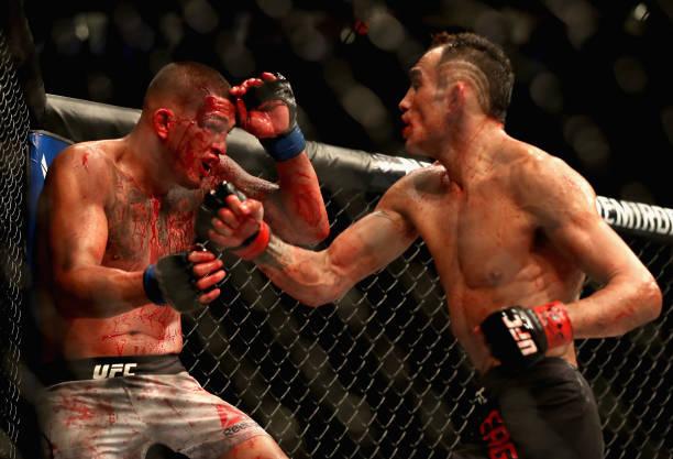 Ferguson e Pettis fazem a 'Luta da Noite' no UFC 229; Ladd e Lewis levam prêmios por desempenho